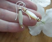 mother of pearl tube earring 3